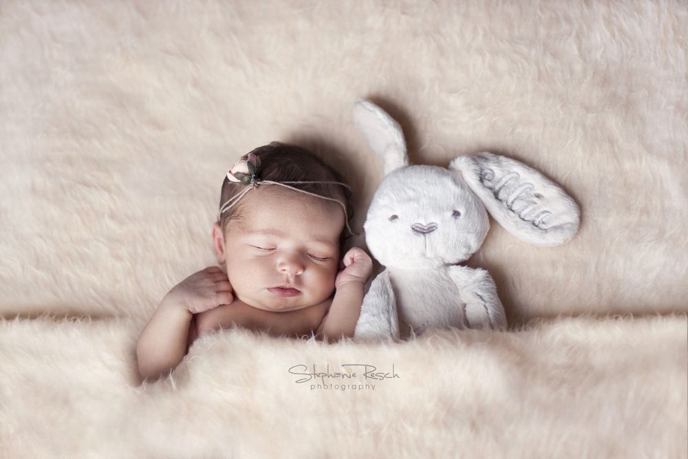 View More: http://stephanieresch.pass.us/hodge_newborn
